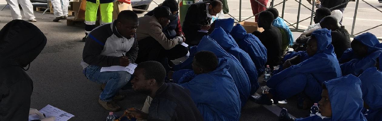 mediatori culturali sbarco immigrati